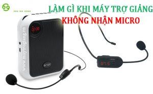 may-tro-giang-khong-nhan-micro