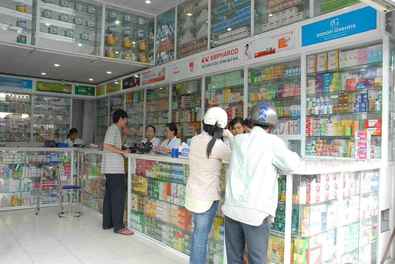 Máy trợ giảng cho quầy bán thuốc